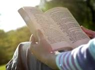leyendo-libro