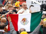 PapaFrancisco-banderaMexico