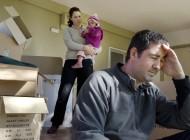 family-couple-financial-problems-shutterstock_chameleonseye-ai