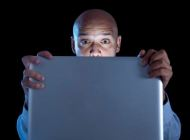web-pornography-laptop-surprised-man-shutterstock_224842291-marcos-mesa-sam-wordley-ai