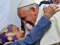 papa francisco y pobres