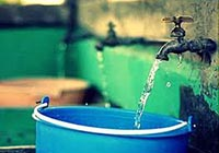 agua-llave-cubeta